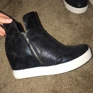 Steve Madden Shoes - Steve Madden wedged sneakers